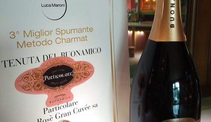 Particolare Brut Rosé tra i migliori Spumanti Charmat d'Italia